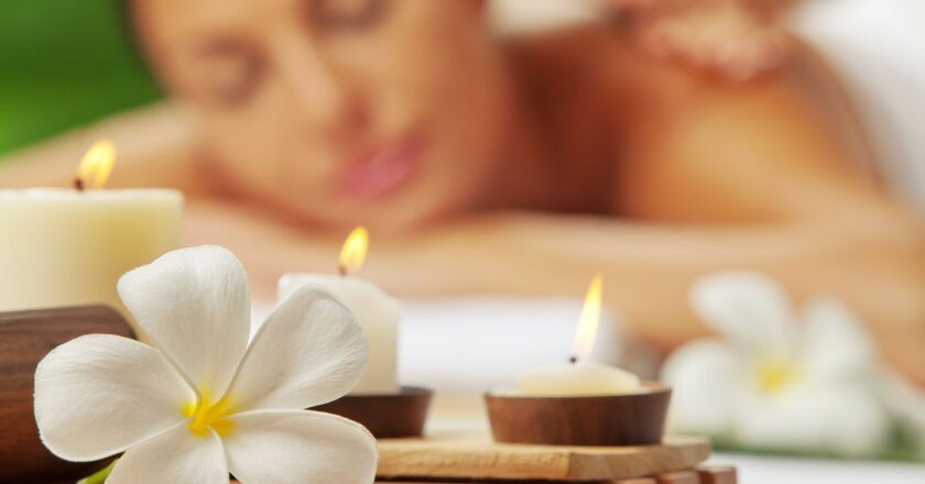 What Are Advantages And Precautions Of Massage Therapy?